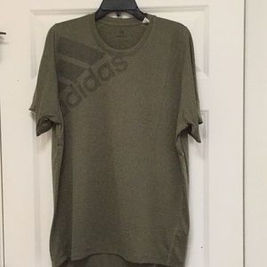 Adidas Athletic/Athleisure Shirt, Size L, NWT!